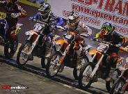 Super-Moto-Cross verseny nem akármilyen lehetőséggel.
