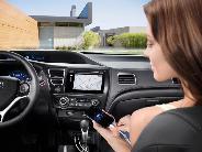 Nem mindennapi történet: Autóba ül az Apple és a Google