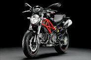 Megérkezett a Ducati Monster 796