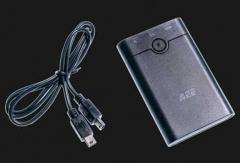 AEE hordozható akkumulátortöltő